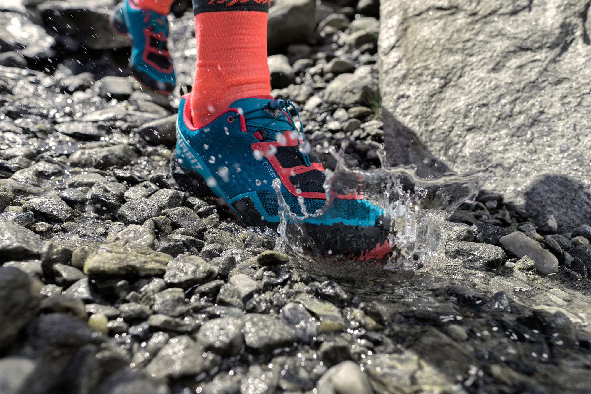 Trail running shoes with Gore-Tex